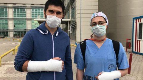 İki doktor tekme-tokat darbedildi!
