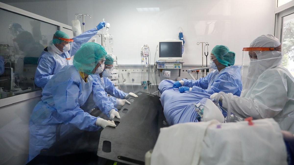 Avrupa'da bir ilk! Corona hastasına akciğer nakli