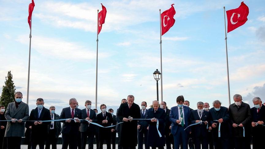 Demokrasi ve Özgürlükler Adası açıldı!