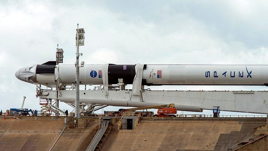 SpaceX'in Crew Dragon kapsülü yolculuğa başlıyor!