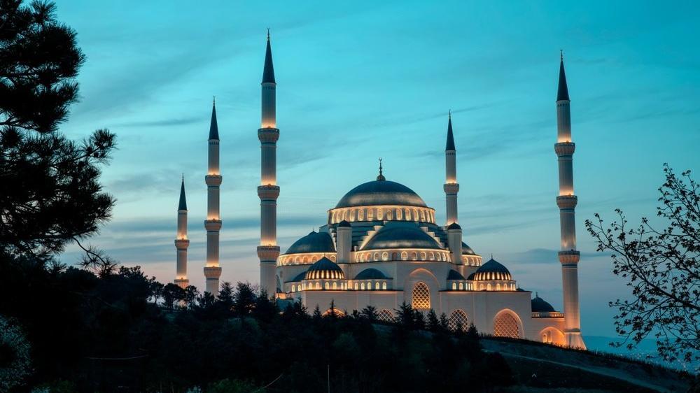 Cuma namazı hangi camilerde kılınacak? Ankara, İstanbul, İzmir, Bursa il il ilçe ilçe cuma namazı kılınacak camiler...
