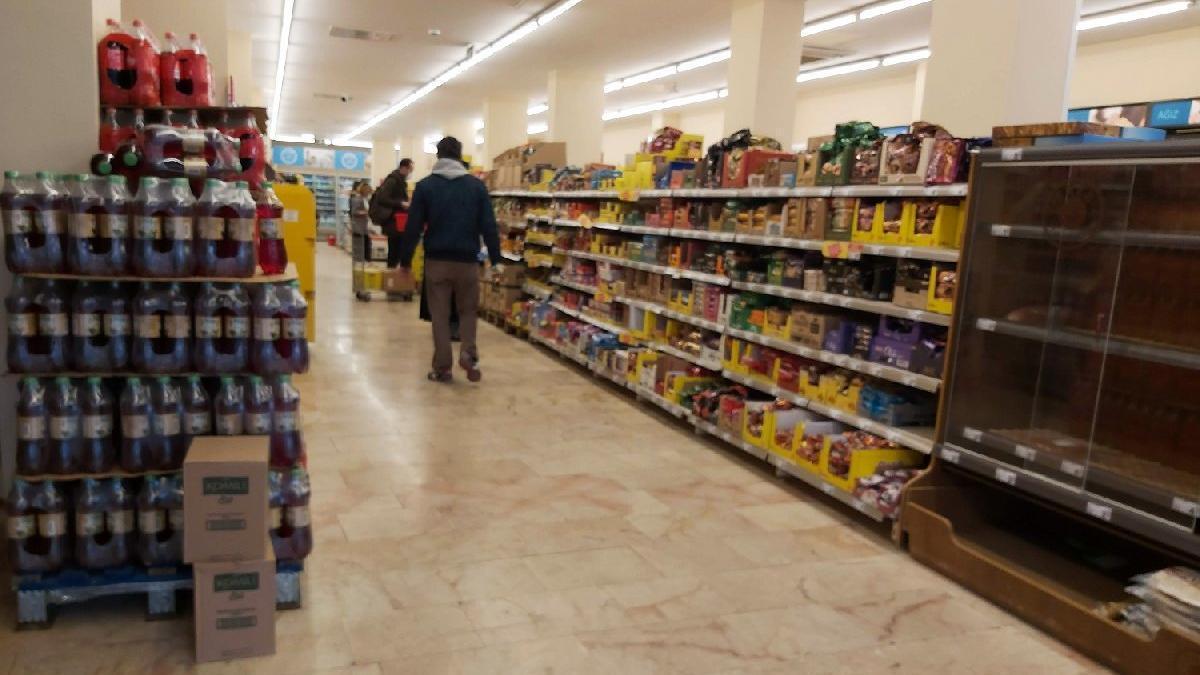 Bakkal, manav, kasap ve marketler hafta sonu açık olacak mı? İşte bakkal ve marketlerin çalışma saatleri...