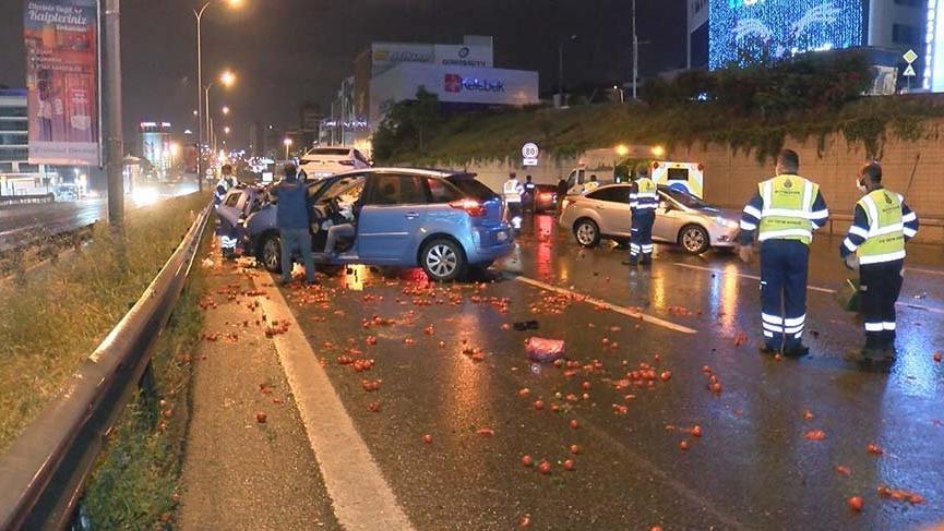 Maltepe'de zincirleme trafik kazası