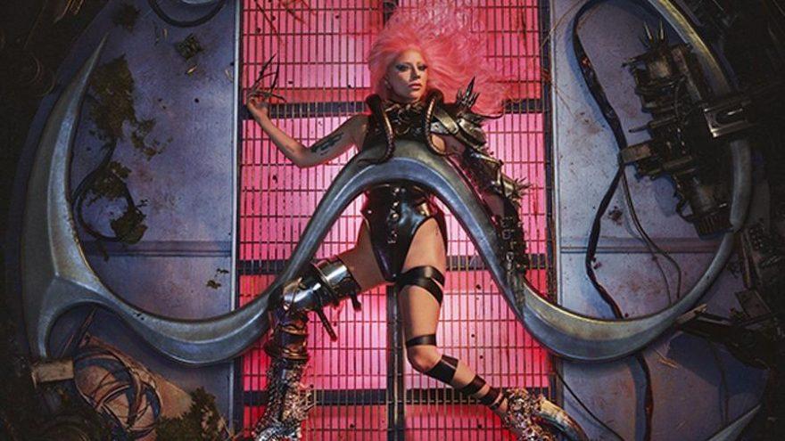 Lady Gaga'nın beklenen albümü Chromatica bugün piyasada