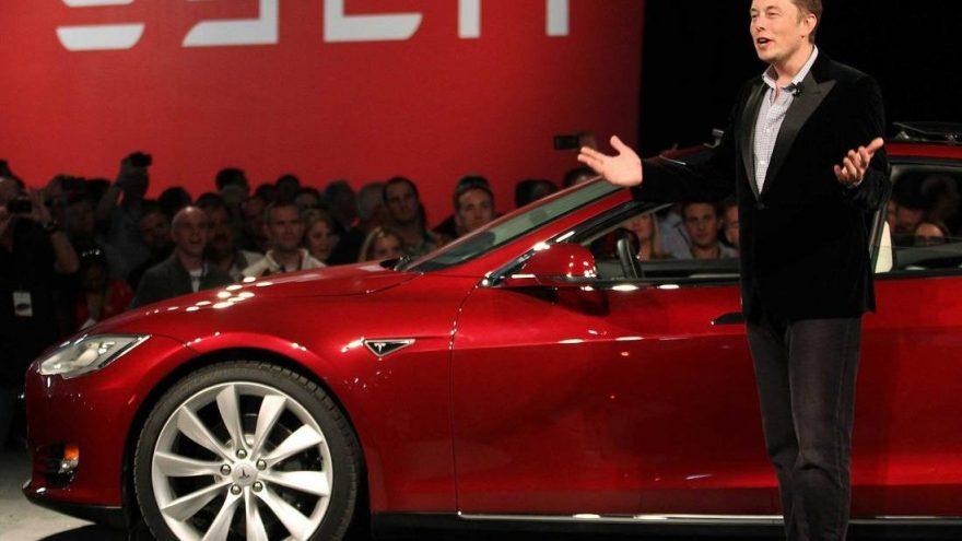 Musk, 775 milyon dolarlık ikramiyeye hak kazandı