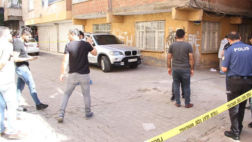Diyarbakır'da hain saldırı... Bir polis memuru şehit oldu