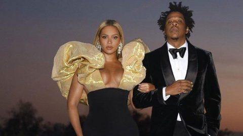Beyonce, George Floyd için bir imza kampanyası başlatarak adalet istedi...
