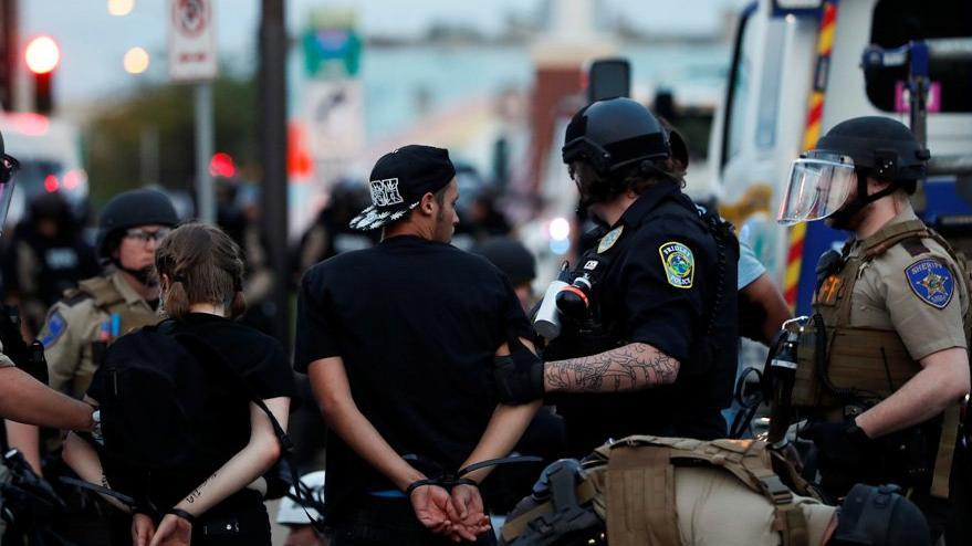 George Floyd gösterilerinde son durum: Trump sığınakta saklanmış