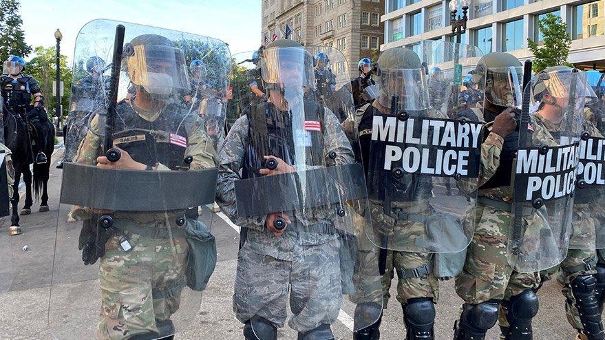 ABD'de son durum: Askeri araçlar yeniden sokakta!
