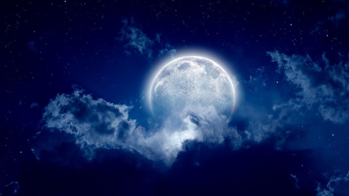 Haziran ayında Ay'ın boşlukta olduğu günlere dikkat!