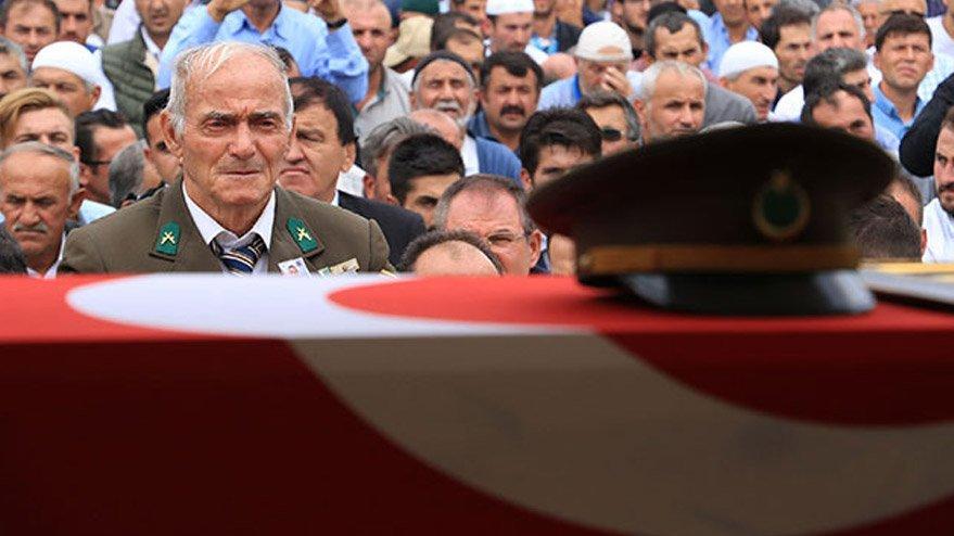 Bitlis'te öldürülen terörist, askerimizi şehit eden bombayı patlatmış!