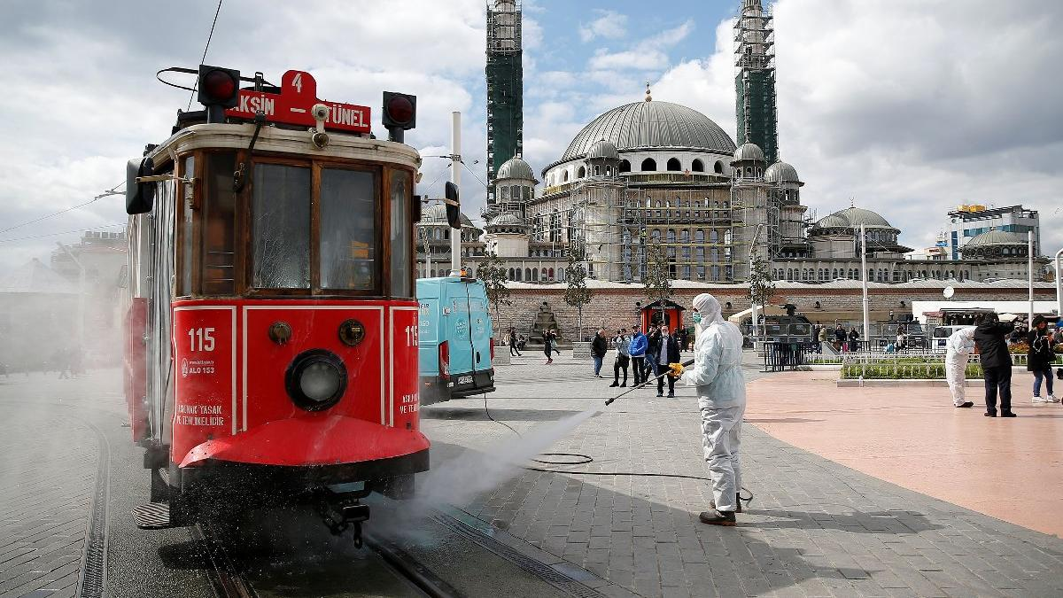 Economist'ten Türkiye'nin corona mücadelesine övgü: Komaya sokmadan başardılar