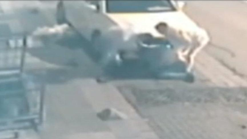 Gasp dehşeti kameralara yansıdı: Yumruk ve tekmelerle saldırdılar