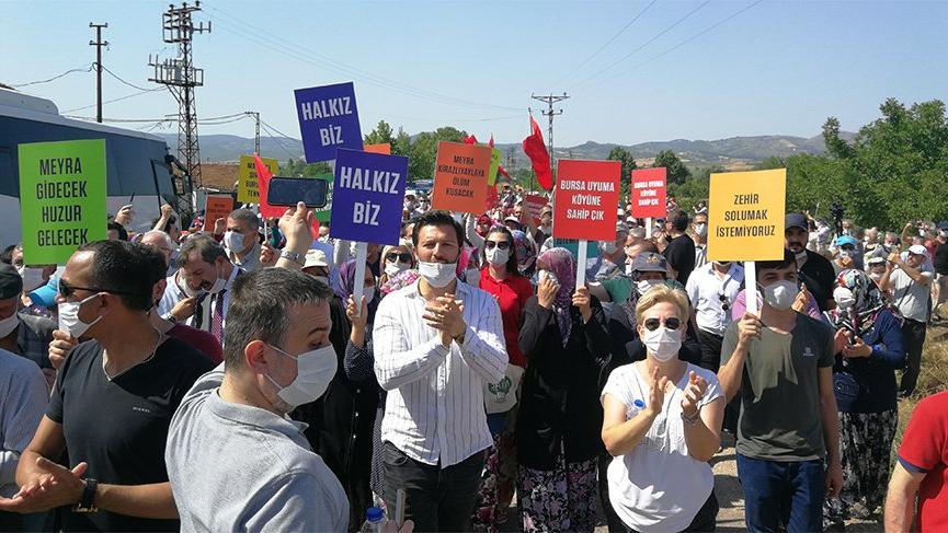 Jandarma engel koyunca köylüler 12 kilometre yürüyüp çevrecilere destek verdi
