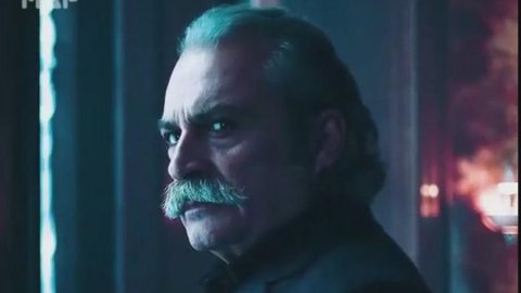 Haluk Bilginer'in başrollerden birini canlandırdığı Alex Rider dizisi yayınlandı