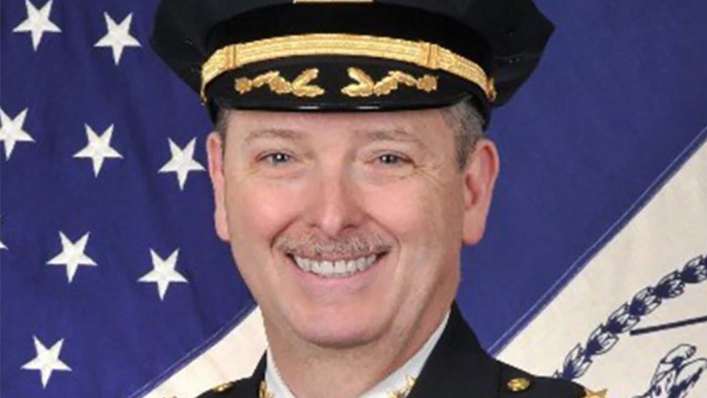 New York polisi şokta! Emektar müdür hayatını kaybetti