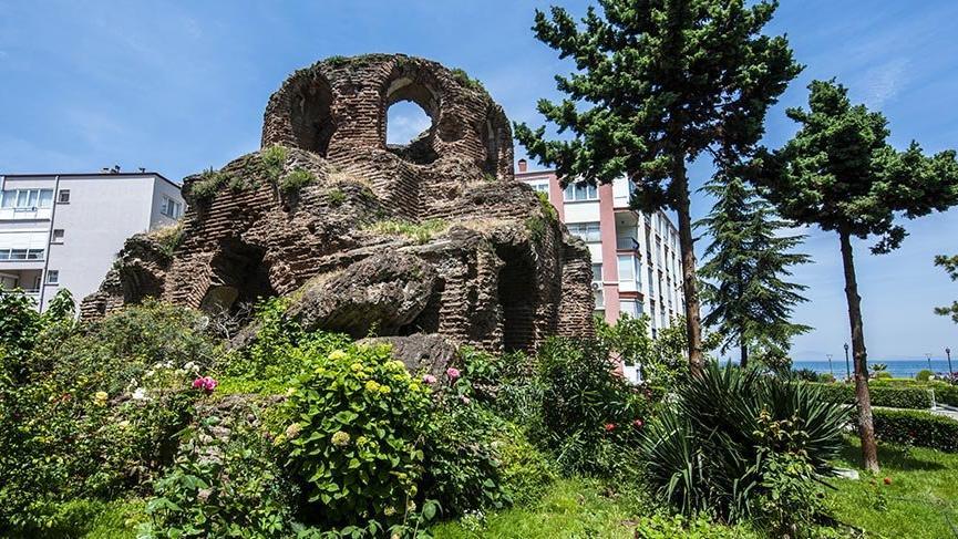 Yalova'nın Bizans Dönemi'nden kalma Kara Kilisesi