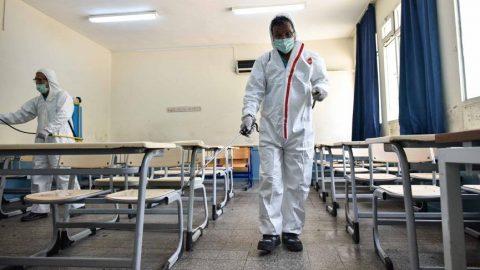 Üniversite sınavı öncesinde okulların dezenfekte işlemleri sürüyor