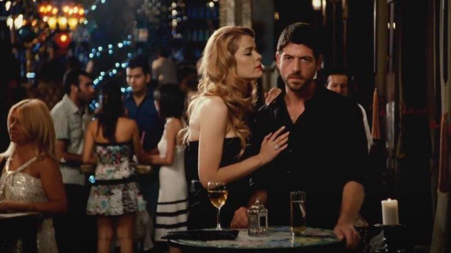 Romantik Komedi konusu ne? Romantik Komedi filmi oyuncuları kimler?
