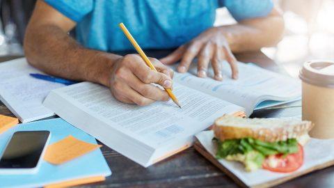 Sınav günü neler yenmeli? 10 maddede sınav günü doğru beslenme...