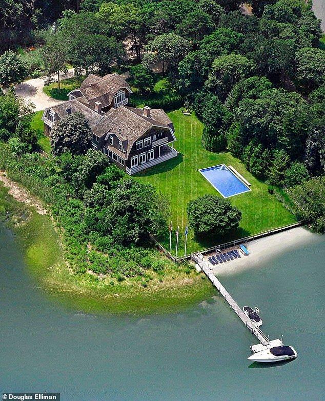 Rihanna aylık 415 bin dolara yaklaşık 3 milyon TL'ye ev kiraladı ...