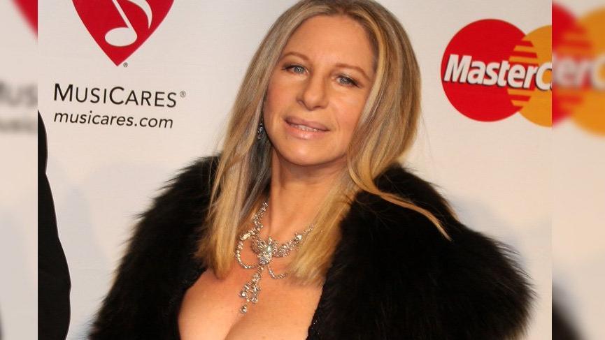 Barbra Streisand, George Floyd'un kızına Disney hisselerini bağışladı