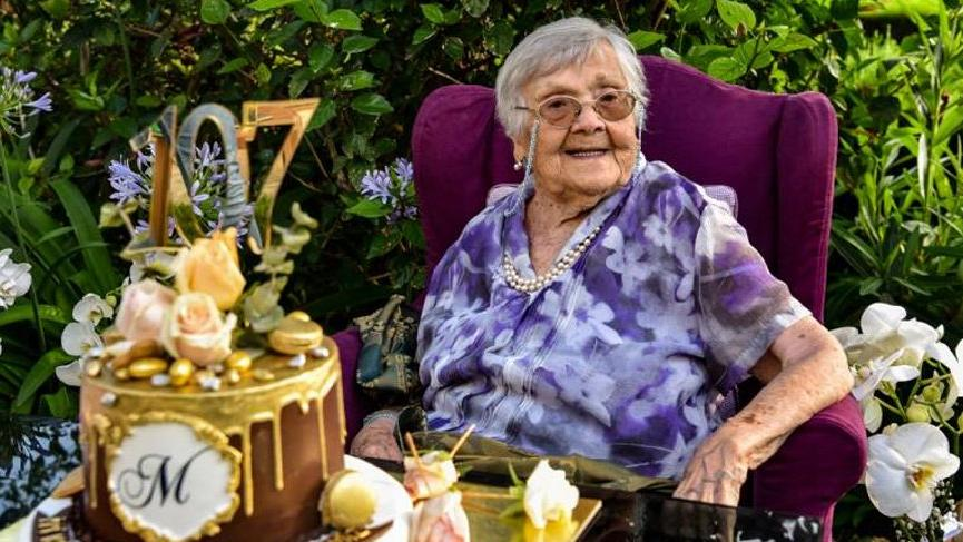 107 yaşına giren Muazzez İlmiye Çığ: Gençlerimiz Atatürk'ün yolunu hiçbir zaman bırakmasın!