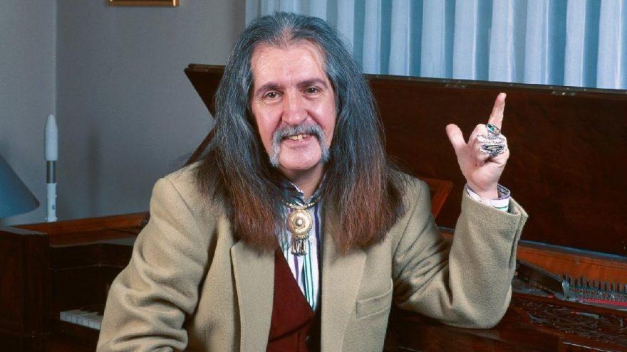 Doğukan Manço, babası Barış Manço'nun gerçek ismini açıkladı