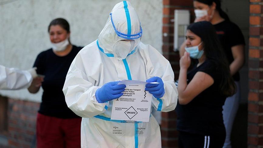 Corona virüsü salgınında vakalar 9 milyonu aştı