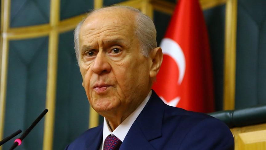 Bahçeli: Mümtaz'er Türköne'nin davası tekraren değerlendirilmelidir!