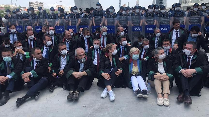Baro başkanları ve avukatlar Ankara'ya sokulmadı