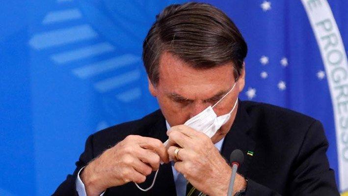 Devlet başkanına maske takma zorunluluğu getirildi!