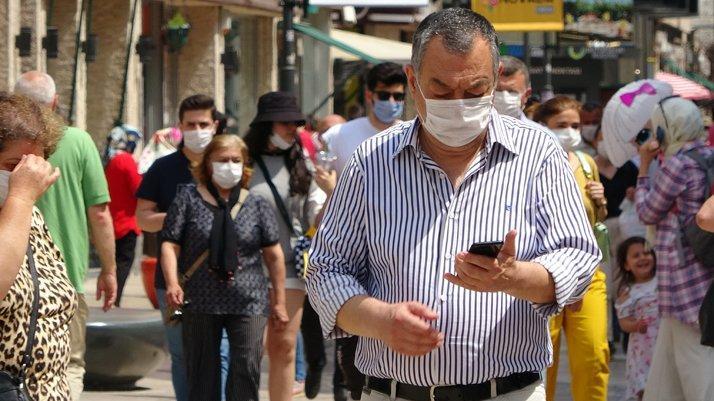 İzmir genelinde maske zorunluluğu