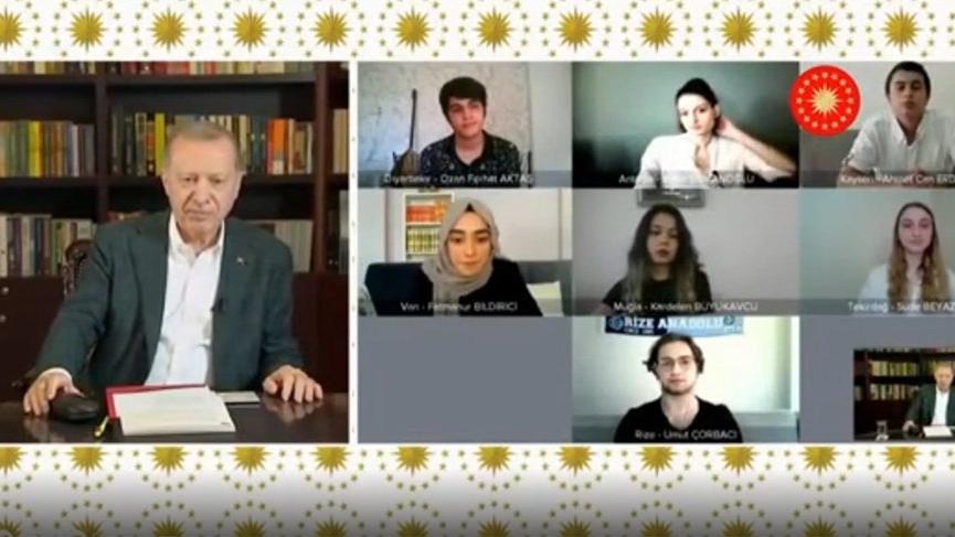 Erdoğan'ın YKS yayınının yoruma kapatılması sosyal medyada gündem oldu!
