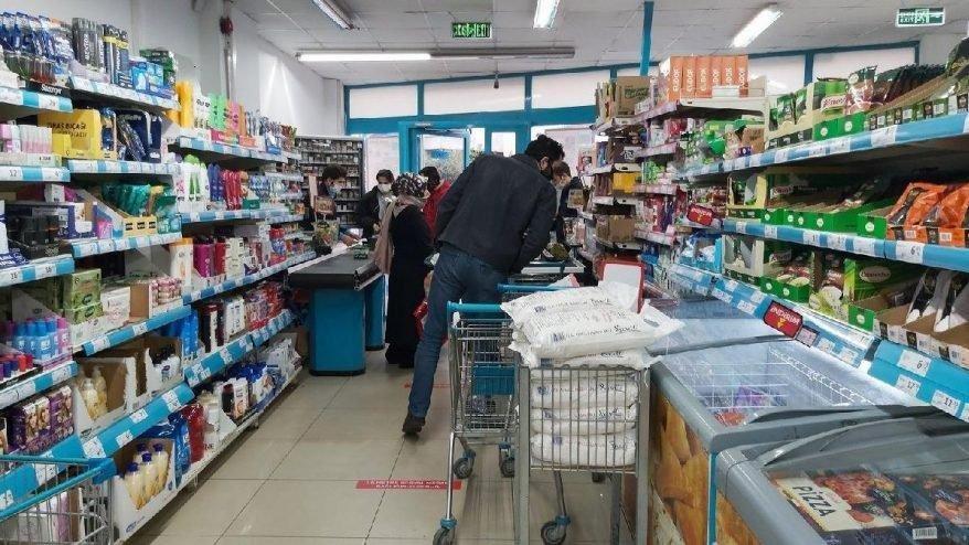 Sokağa çıkma yasağında marketler bakkallar açık mı?