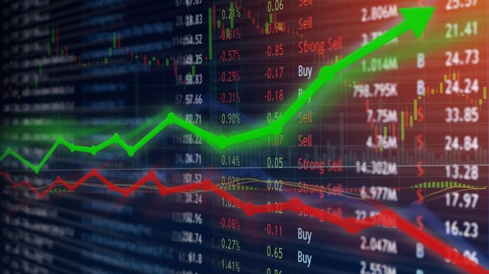Salgında ekonomi dibe vurdu, Borsa İstanbul uçtu