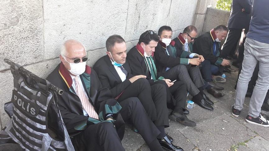 Baro başkanlarının Meclis'e alınmamasına, İstanbul Barosu ve CHP'den tepki