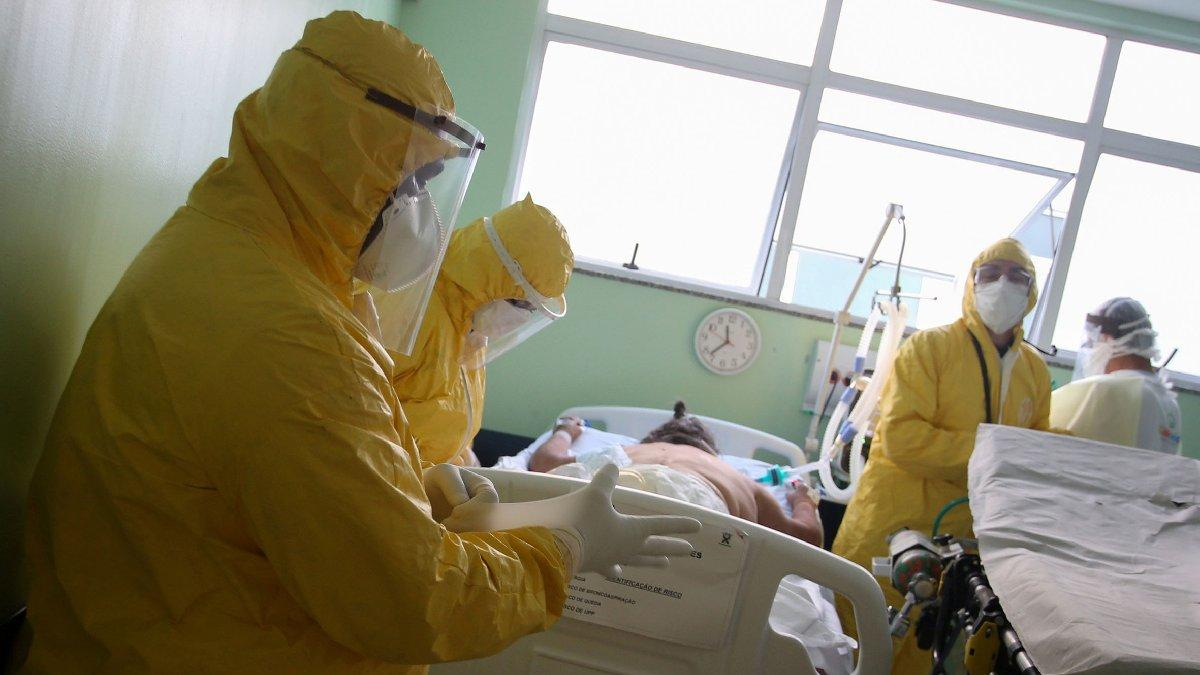 Rusya'da ölü sayısı 10 bini aştı