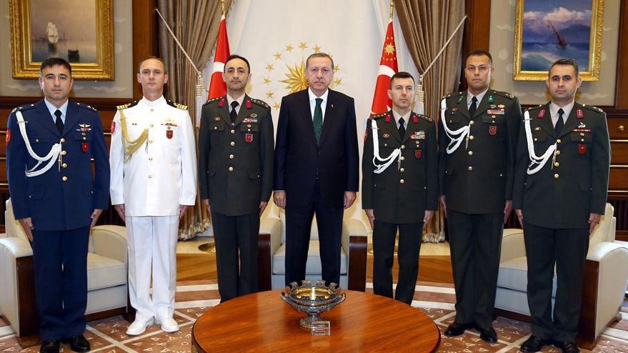 Darbecilere Erdoğan'ın yerini söyleyen 3 yaver serbest kaldı