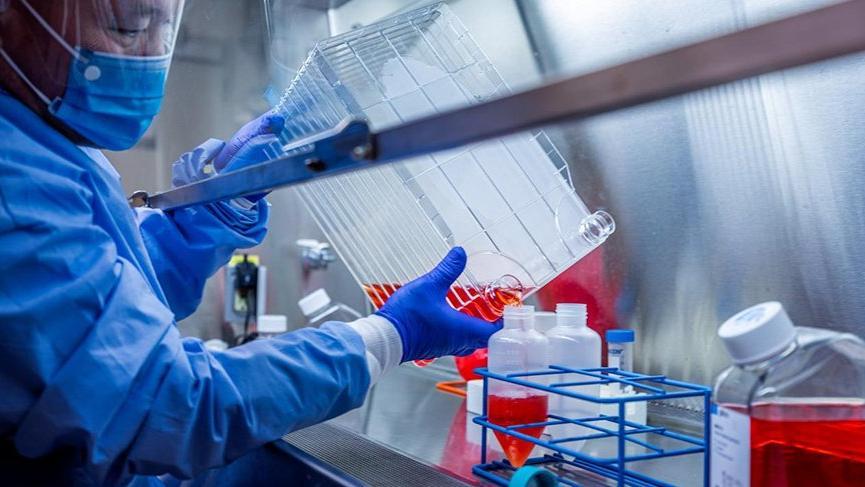 ABD'den corona aşısı için 1.6 milyar dolar destek!