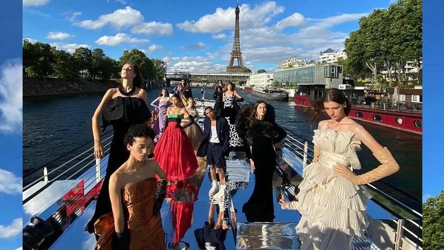 Balmain 2020-21 Sonbahar Kış Haute Couture koleksiyonunu tanıttı
