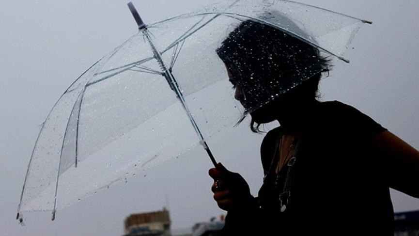 AKOM'dan İstanbul'a rüzgarlı ve yağışlı hava uyarısı! O ilçelere dikkat