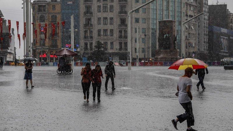 Meteoroloji'den sarı uyarı! İstanbul'a dolu ve sağanak...