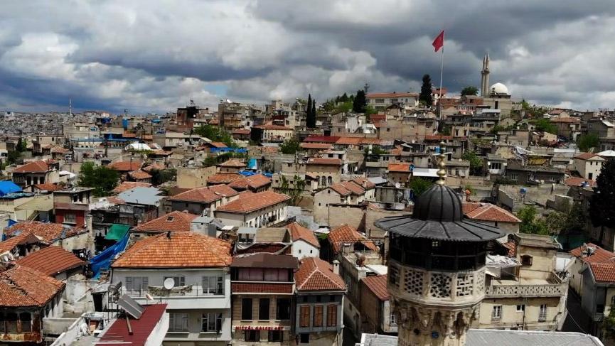 Gaziantep Valisi: Şehrimizdeki vaka artışı tehlikeli boyuta ulaşıyor!
