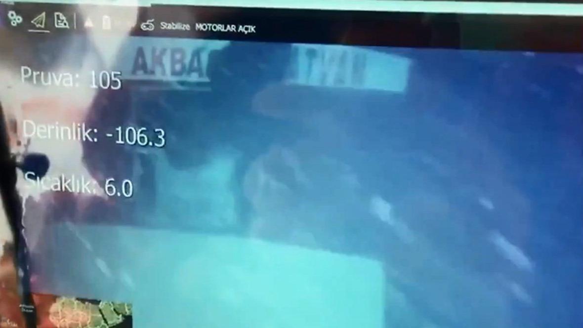 Son dakika! Van Gölü'nde batan göçmen teknesi bulundu