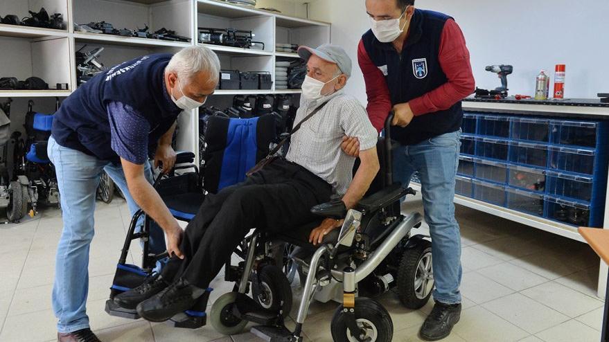 Tekerlekli sandalye onarım atölyesi kuruldu