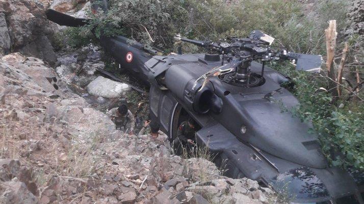 Bingöl'de askeri helikopter zorunlu iniş yaptı!