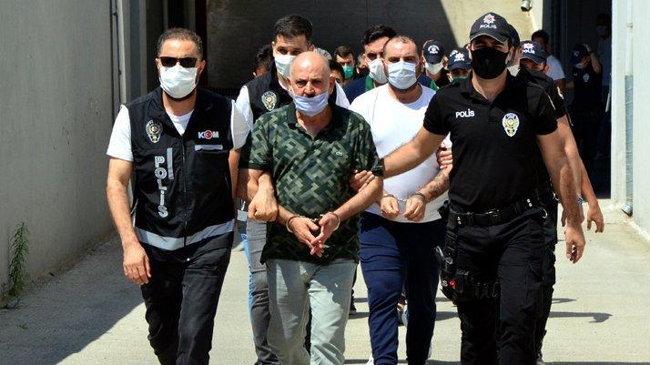 14 milyonluk vurgun yapmışlardı... Tefeci aileye 12 tutuklama