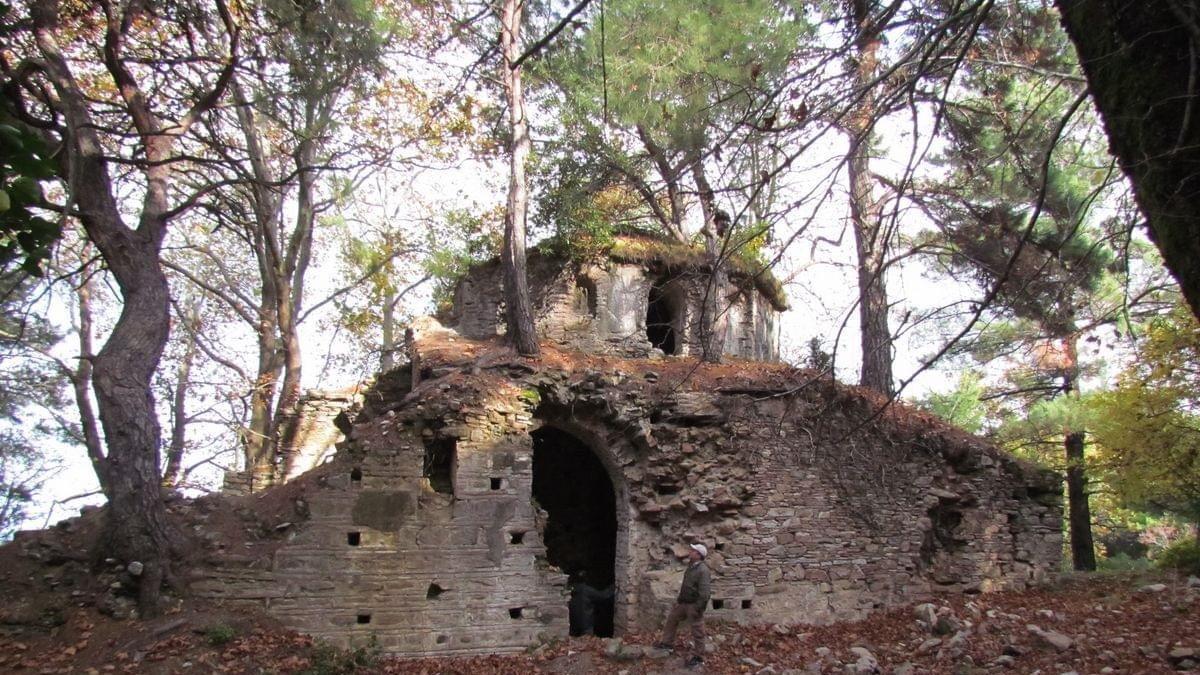 Kurşunlu Manastırı'nda çökme tehlikesi