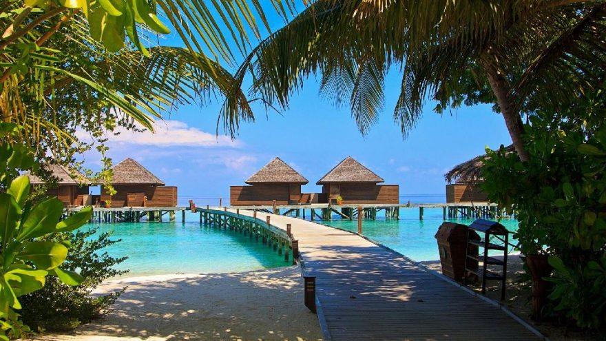 Maldivler,15 Temmuz'da turistlere kapılarını açıyor